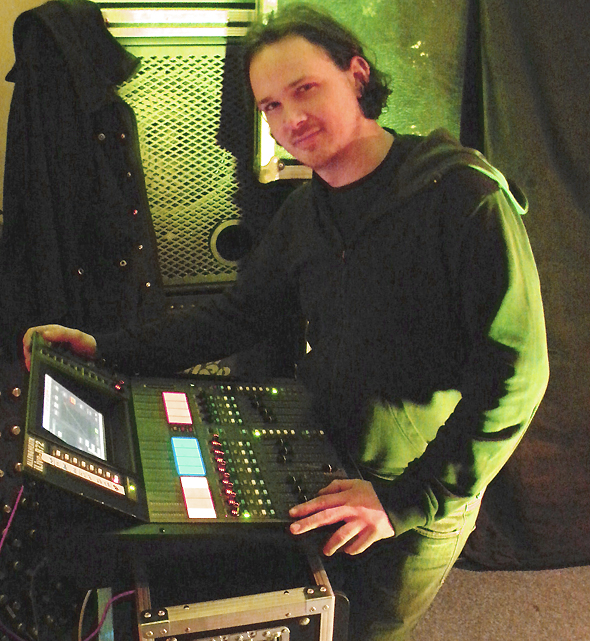 Hicky Web Series: Informed Choices: Monitor Mix Approaches At The Console