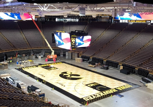 Danley Covers University Of Iowa S Carver Hawkeye Arena