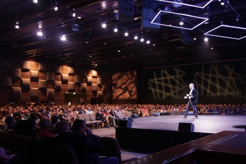Advanced Audio u0026 Lighting Systems was initially called in by Oak Pointe Church to evaluate the space and provide acoustic analysis and treatment that would ... & Oak Pointe Church Outfitted With Martin Audio - ProSoundWeb