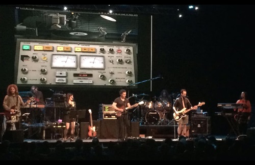 Dweezil Zappa Captures The Moment With Waves eMotion LV1