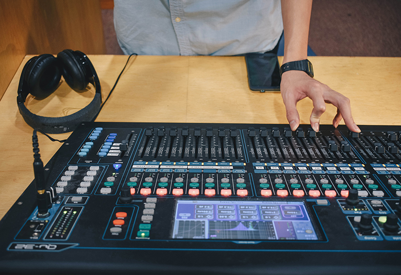 Unique Architecture: A Highly Effective Workflow Approach For Digital & Analog Consoles - ProSoundWeb